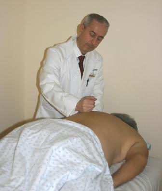 Чаще всего при лечении этого заболевания требуется комплексный подход.  Первая задача в лечении остеохондроза...